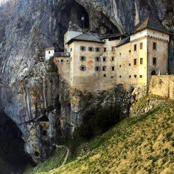 postumia,castello predjama
